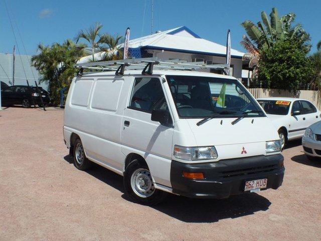 2004 Mitsubishi Express