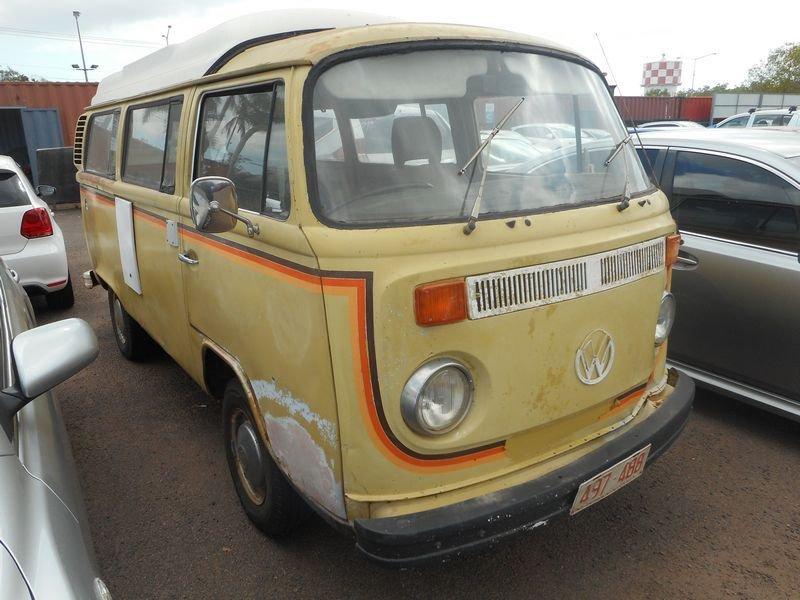 1975 Volkswagen Transporter Kombi