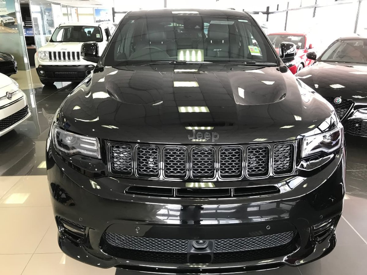 2018 jeep grand cherokee srt wk black for sale in granville. Black Bedroom Furniture Sets. Home Design Ideas