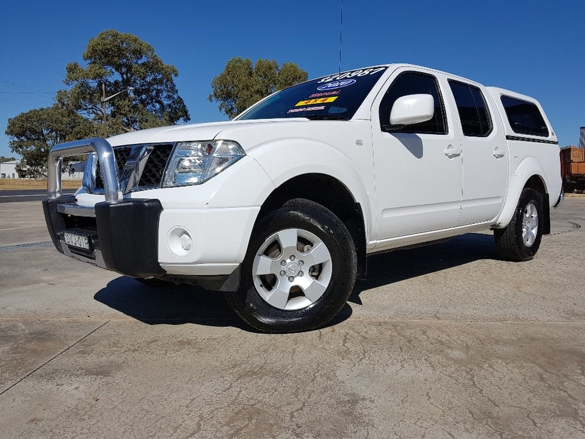 2010 nissan navara st d40 white for sale in cowra. Black Bedroom Furniture Sets. Home Design Ideas