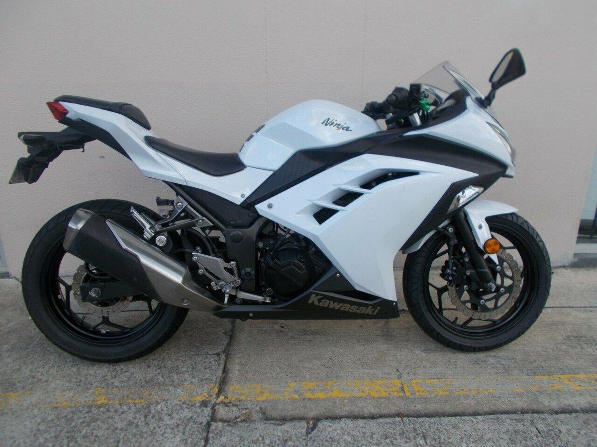 2013 Kawasaki Ninja 300 (White) for sale in Nerang at TeamMoto ...