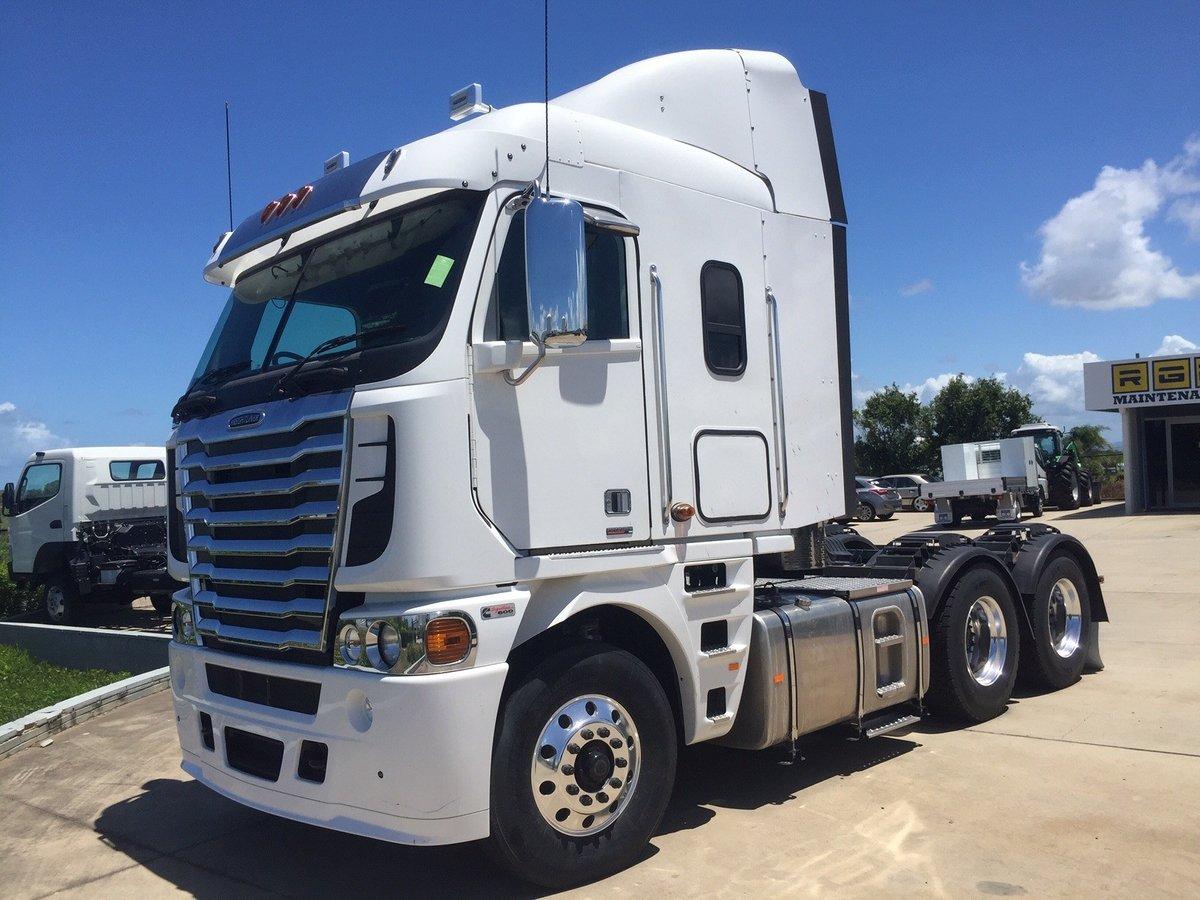 2017 Freightliner Argosy 101 MID Roof for sale in Darwin