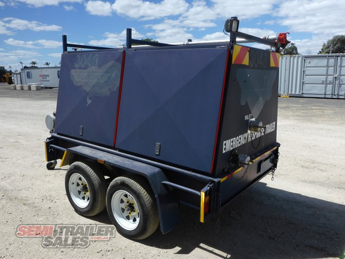 2011 Custom Australian Trailers Enclosed Dual Axle Emergency Response Trailer