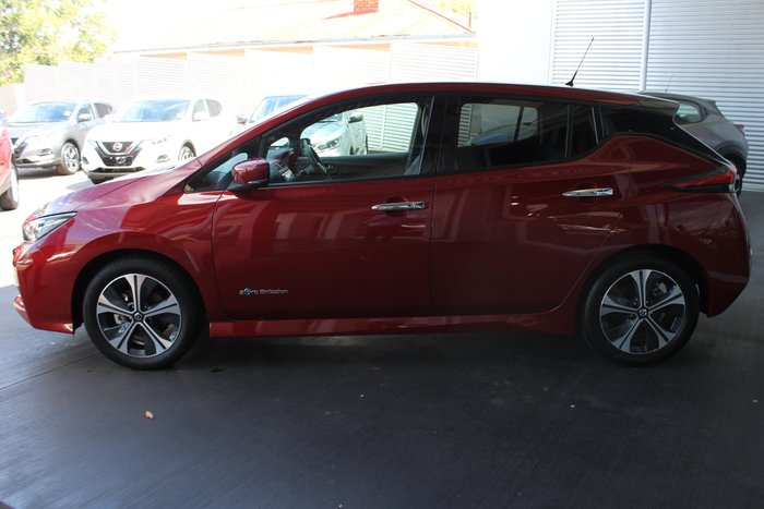 2019 Nissan LEAF ZE1 MAGNETIC RED