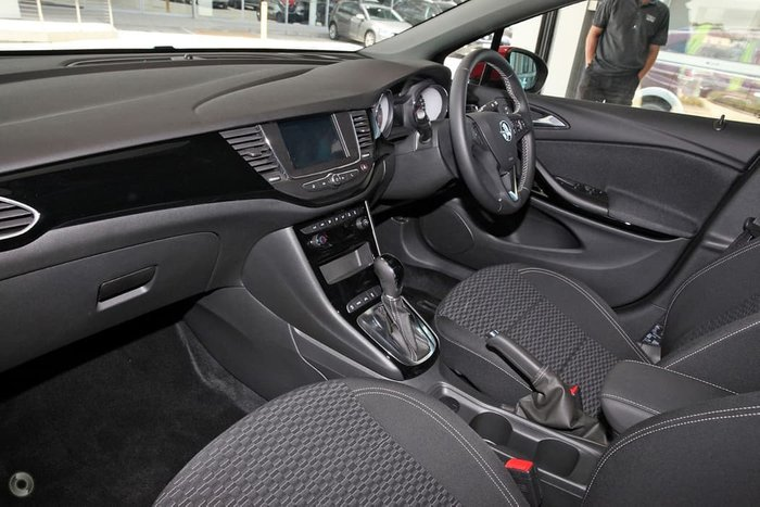 2019 Holden Astra R+ BK MY19 Red