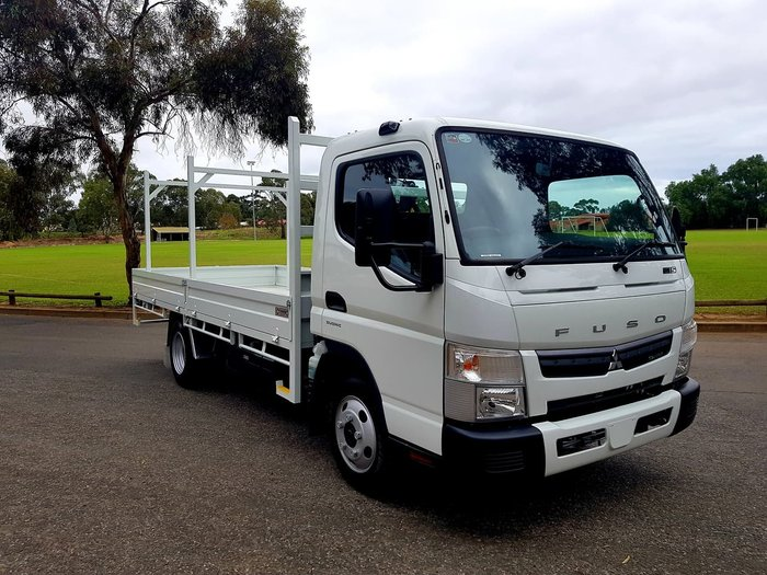 2018 FUSO CANTER 515 TRAY & CRANE +2 YEARS FREE SERVICING* null null White