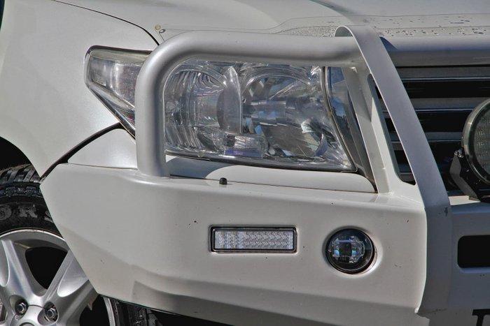 2011 Toyota Landcruiser Sahara VDJ200R MY10 4X4 Constant White