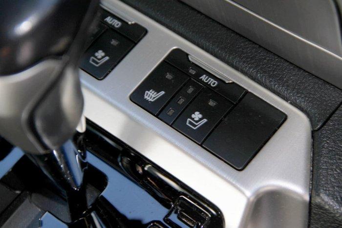 2016 Toyota Landcruiser Sahara VDJ200R 4X4 Dual Range White