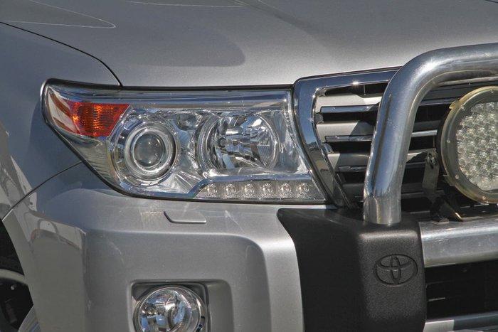 2015 Toyota Landcruiser Sahara VDJ200R MY13 4X4 Dual Range Silver