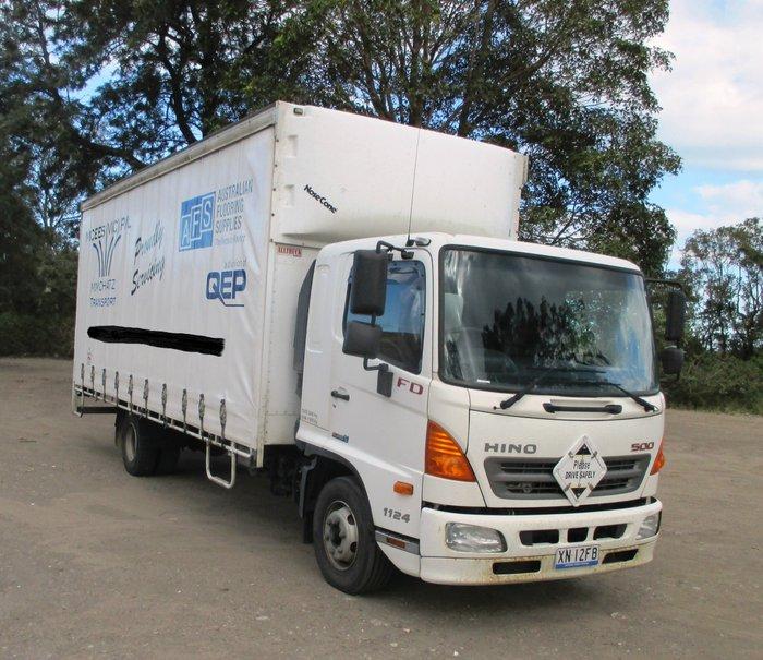2012 Hino FD 1124-500 Series