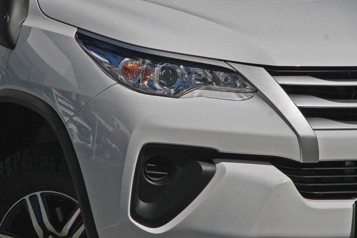 2015 Toyota Fortuner GX GUN156R 4X4 Dual Range White