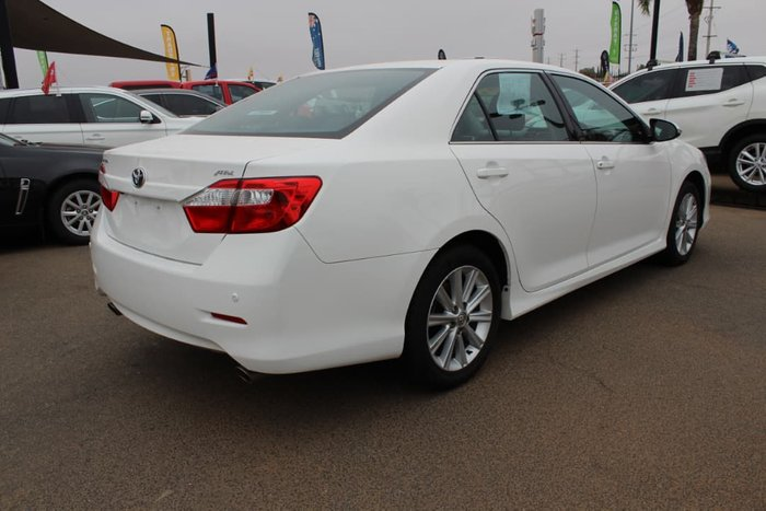 2017 Toyota Aurion AT-X GSV50R White