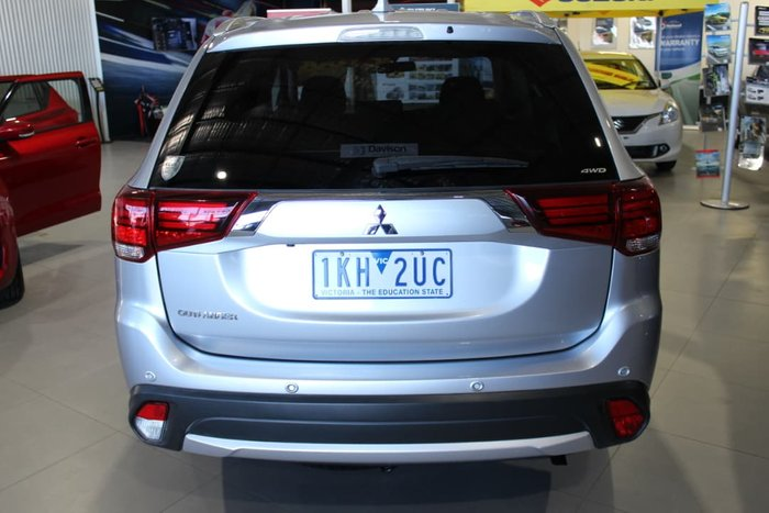 2017 Mitsubishi Outlander LS ZK MY17 4X4 On Demand Silver