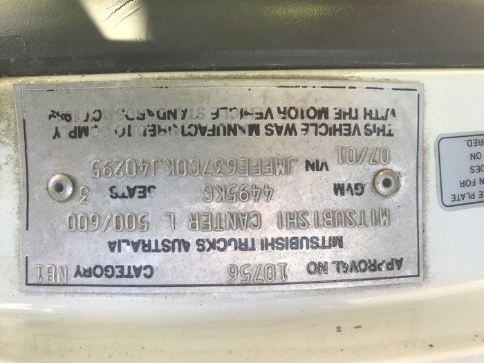 2001 Mitsubishi Canter MITSUBISHI CANTER WHITE