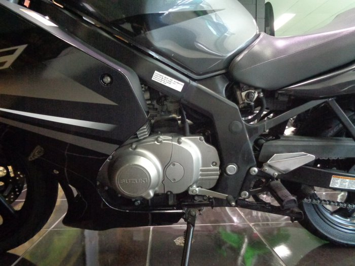 2011 Suzuki GS500F (FULL FAIRING) GREY