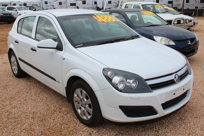 2005 Holden Astra CD AH MY05 White
