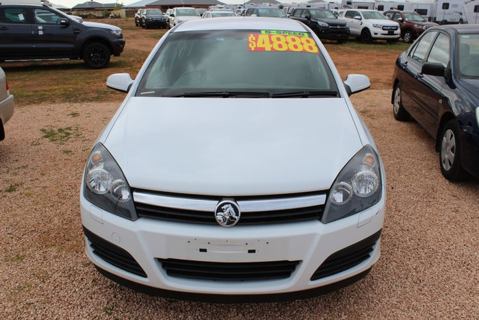 2005 Holden Astra CD AH MY05 White