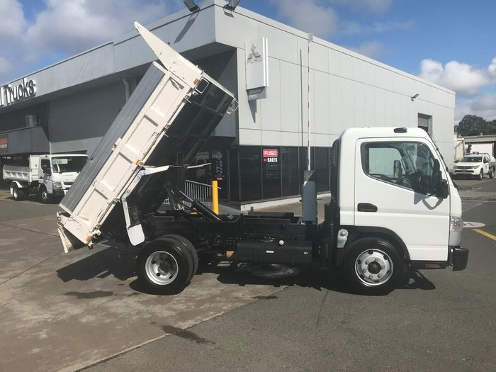 2014 Mitsubishi Canter 715 Wide CANTER 715 FACTORY TIPPER WHITE