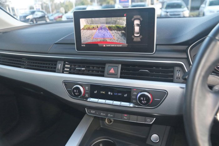 2017 Audi A4 sport B9 MY17 Red