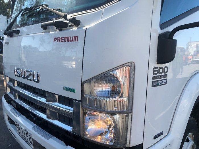 2012 Isuzu FRR600 PREMIUM TAUTLINER