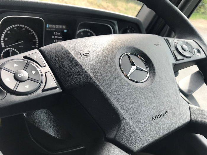 2019 Mercedes-Benz 2651 Actros L-Cab ClassicSpace White