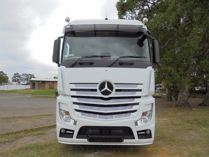 2018 MERCEDES-BENZ 2663 L-CAB STREAMSPACE null null White
