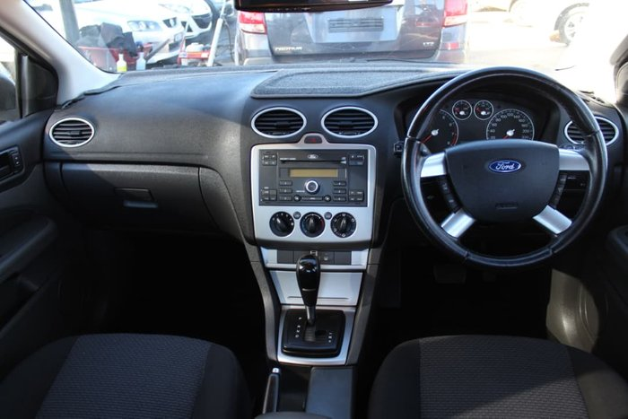 2005 Ford Focus LX LS Silver