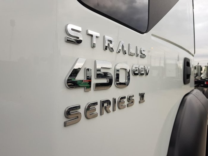 2019 IVECO STRALIS AD 450HP 8X4 6.8M null null White