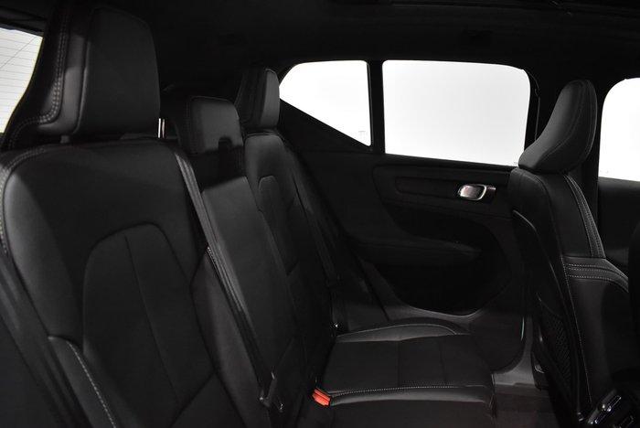 2019 Volvo XC40 T4 Momentum MY19 Blue