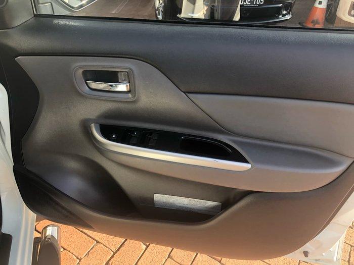 2015 Mitsubishi Triton Exceed MQ MY16 4X4 Dual Range White