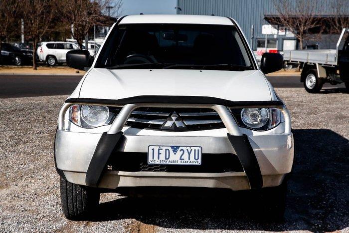 2011 Mitsubishi Triton GLX MN MY11 4X4 Dual Range White