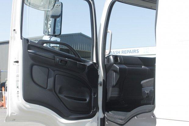 2014 Hino GH 1728-500 Series ALLISON AUTO / 2t TAILGATE WHITE