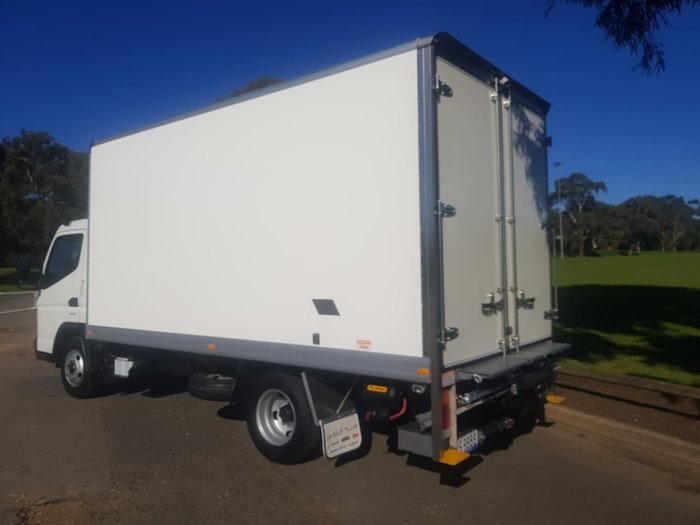 2019 FUSO CANTER 615 AMT PAN & LIFTER **DEMO DEALS ON MAKE AN OFFER** null null null