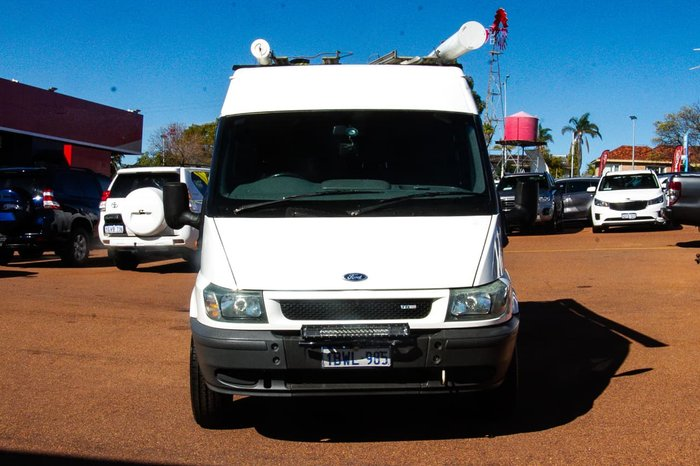 2005 Ford Transit VJ White