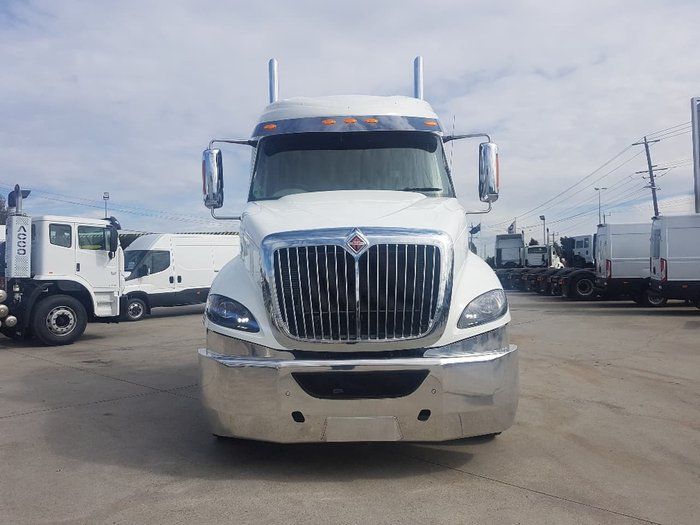 2019 INTERNATIONAL PROSTAR MARKY SLEEPER - 550HP & AUTO - 1 REMAINING IN STOCK null null white