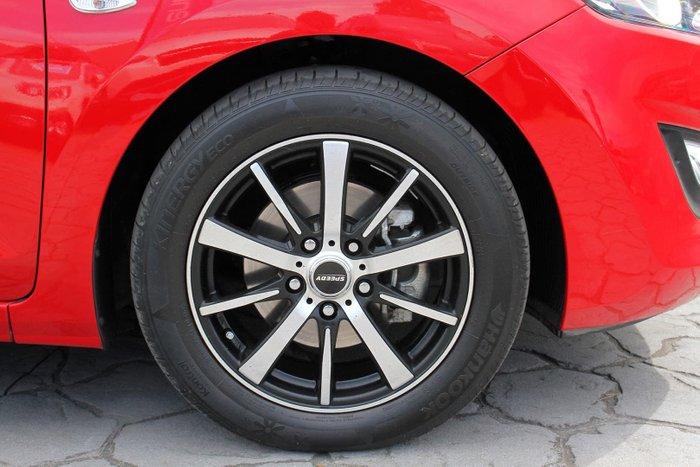 2013 Hyundai i30 Active GD Red
