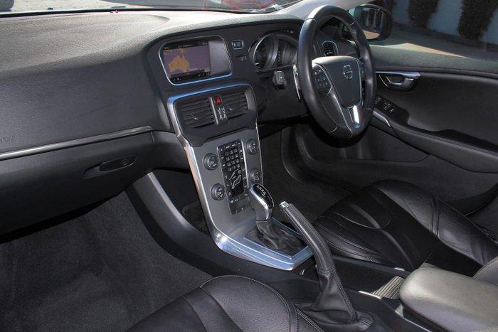 2016 Volvo V40 T4 Inscription MY17 Blue
