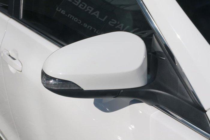 2017 Toyota Camry Atara SX ASV50R White