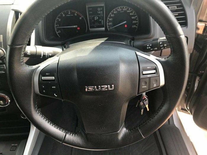 2014 ISUZU D-MAX