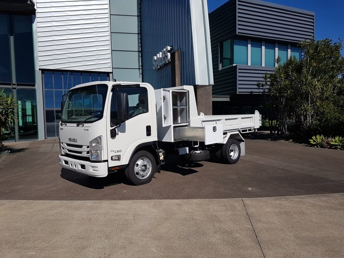2018 Isuzu NPR 75-190 Tipper with Cabinets