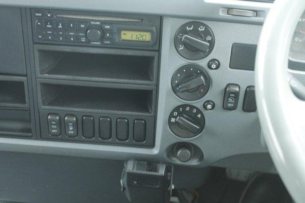 2008 Mitsubishi Fighter 1024 EX-COUNCIL LOW KM CHIPPER WHITE