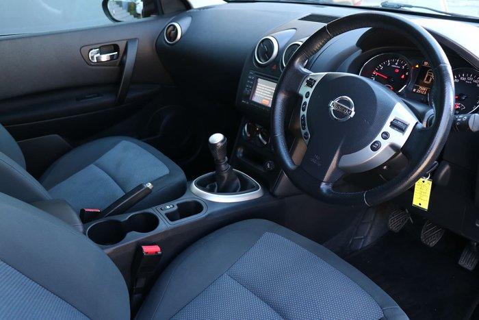 2013 Nissan Dualis ST J10 Series 4 MY13 Maroon