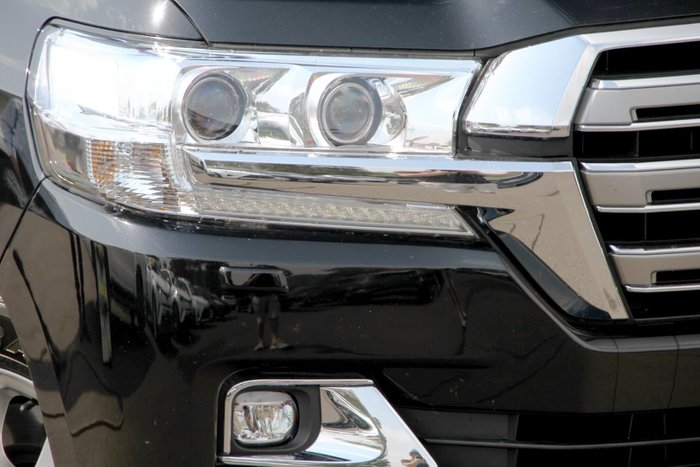 2016 Toyota Landcruiser Sahara VDJ200R 4X4 Dual Range Black