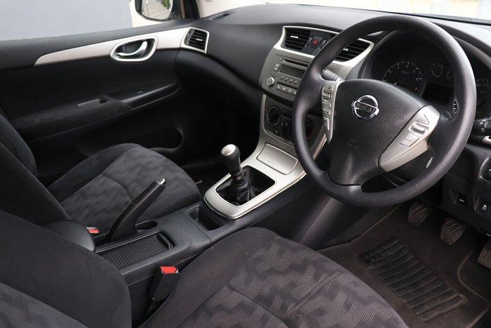 2012 Nissan Pulsar ST B17 Silver