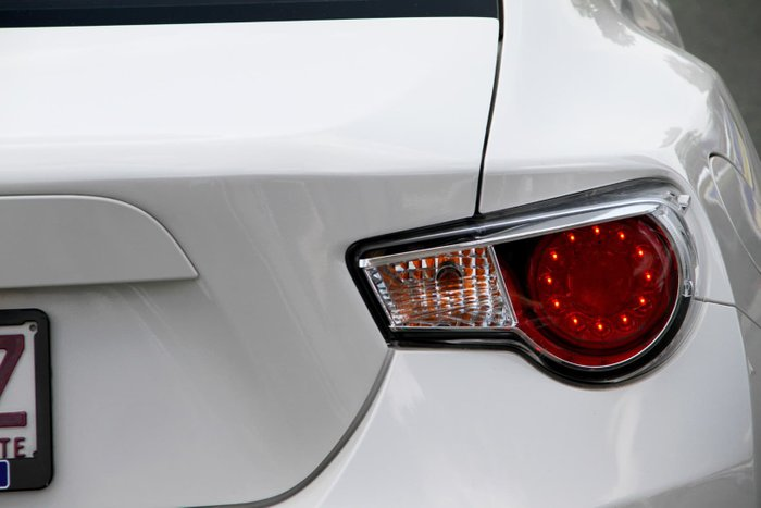 2015 Toyota 86 GT ZN6 White