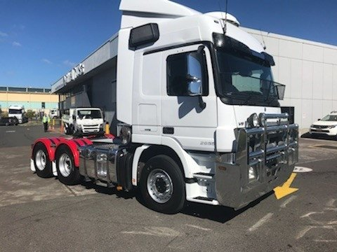2013 Mercedes Benz 2655 Actros Prime Mover sleeper WHITE