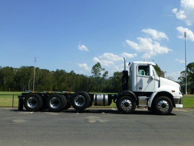 2019 Freightliner Columbia CL112 CL112 10 x 4 White