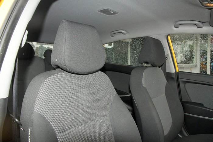 2014 Hyundai Accent Active RB2 Yellow