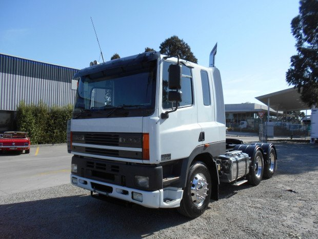 2002 DAF CF 85 Series WHITE