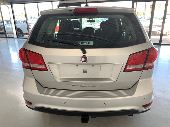 2014 Fiat Freemont Base JF Silver